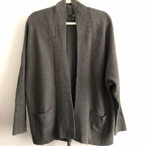 ANA A New Approach Grey Open Cardigan - Size Large